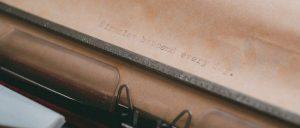 cropped-typewriter-1031429_1920.jpg