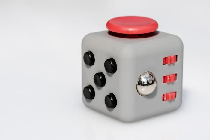 fidget-cube-2364019_1920